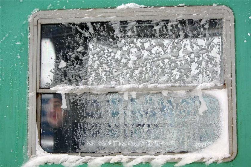 pociąg, zima, śnieżyca