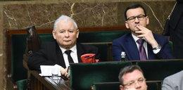 """Jak pracuje wicepremier Kaczyński? """"Przysiada się do premiera, pyta o dokumenty"""""""
