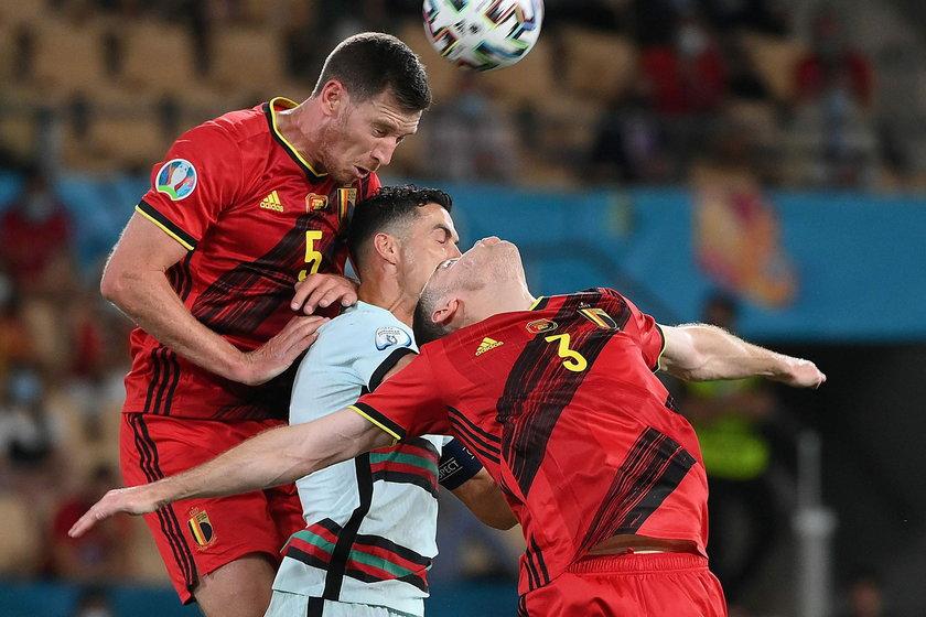 Przed rozpoczęciem turnieju belgijscy dziennikarze zastanawiali się, czy ich obrona nie jest za stara jak na tak wymagającą imprezę piłkarską.