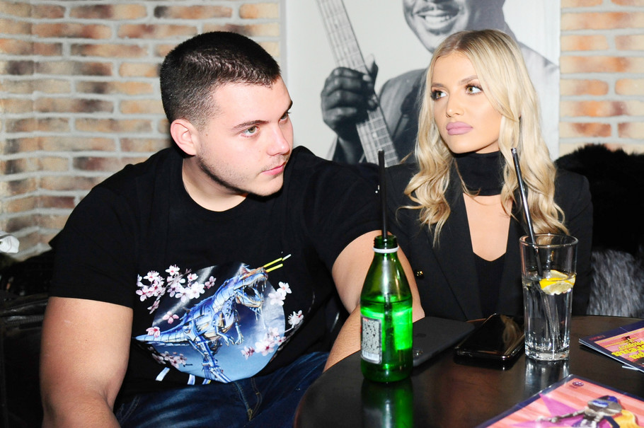 Viktor Živojinović sa devojkom