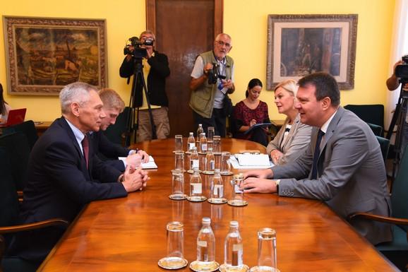 Predsednik pokrajinske Vlade Mirović primio ambasadora Ruske Federacije