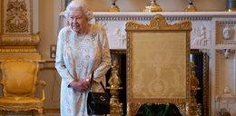 Tajemnica torebki królowej Elżbiety. Prawda jest zdumiewająca!