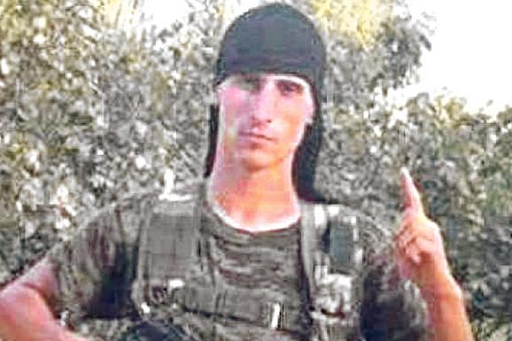"""""""UČIM SINA ZA BOMBAŠA SAMOUBICU"""" Desna ruka glavnog koljača ISIS-a živi na Kosovu i radi u BOLNICI"""