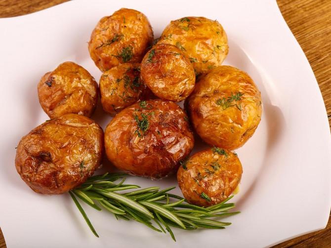 Mlade krompiriće svi volite, ali ih OVAKVE NIKAD NISTE PROBALI: Posle OVOG RECEPTA više ih nikada nećete jesti drugačije