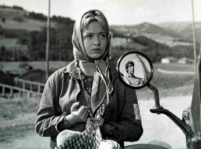 """Milena Dravić  u filmu """"Prekobrojna"""" u kojem je kao Ranka igrala uz Ljubišu Samardžića koji je bio njen najčešći partner na filmu"""