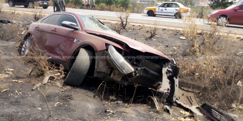 The saloon car involved in the crash (credit: citinewsroom)