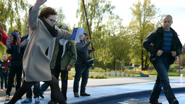 W trakcie kampanii wyborczej premier odwiedza polskie miasta.