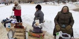 Łukaszenka przekupuje emerytów