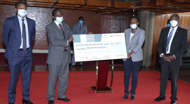Kalonzo becomes the first politician to publicly contribute to Covid19 fund