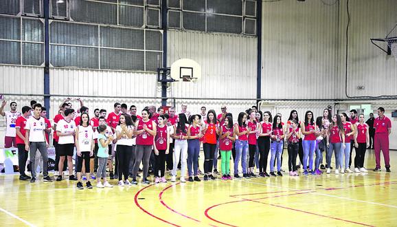 Pre meča predstavljene su mlađe kategorije kluba, više od 60 devojčica i dečaka koji vredno treniraju