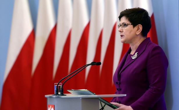 """""""Ja przede wszystkim mogę powiedzieć, że nie znam tej propozycji"""" - powiedziała premier na konferencji prasowej w Woli Gutowskiej k. Jedlińska (Mazowieckie)"""