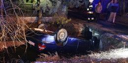 Groźny wypadek pod Oświęcimiem. Pijany kierowca wpadł do rzeki