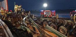 Tragiczny wypadek na obwodnicy Poznania. Ciężarówka spadła z nasypu