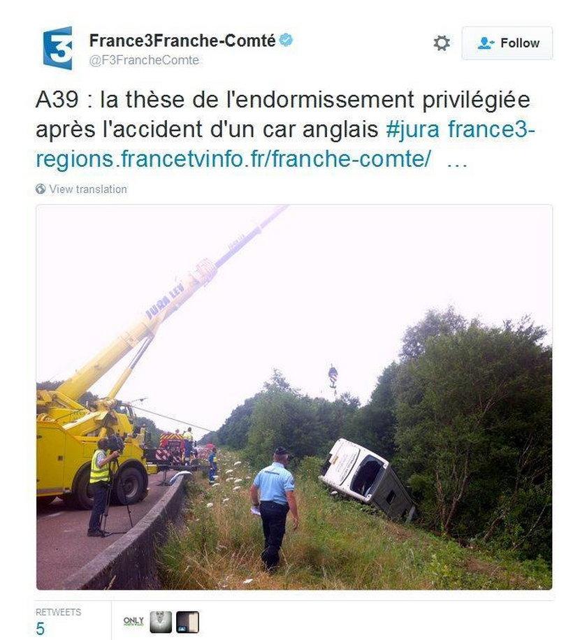 Wypadek autokaru z nastolatkami