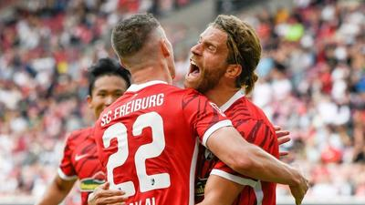 Freiburg down Augsburg to stay unbeaten in Bundesliga