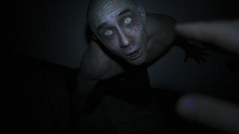 """""""Dotknięcie mroku"""" przykład horroru wampirycznego"""