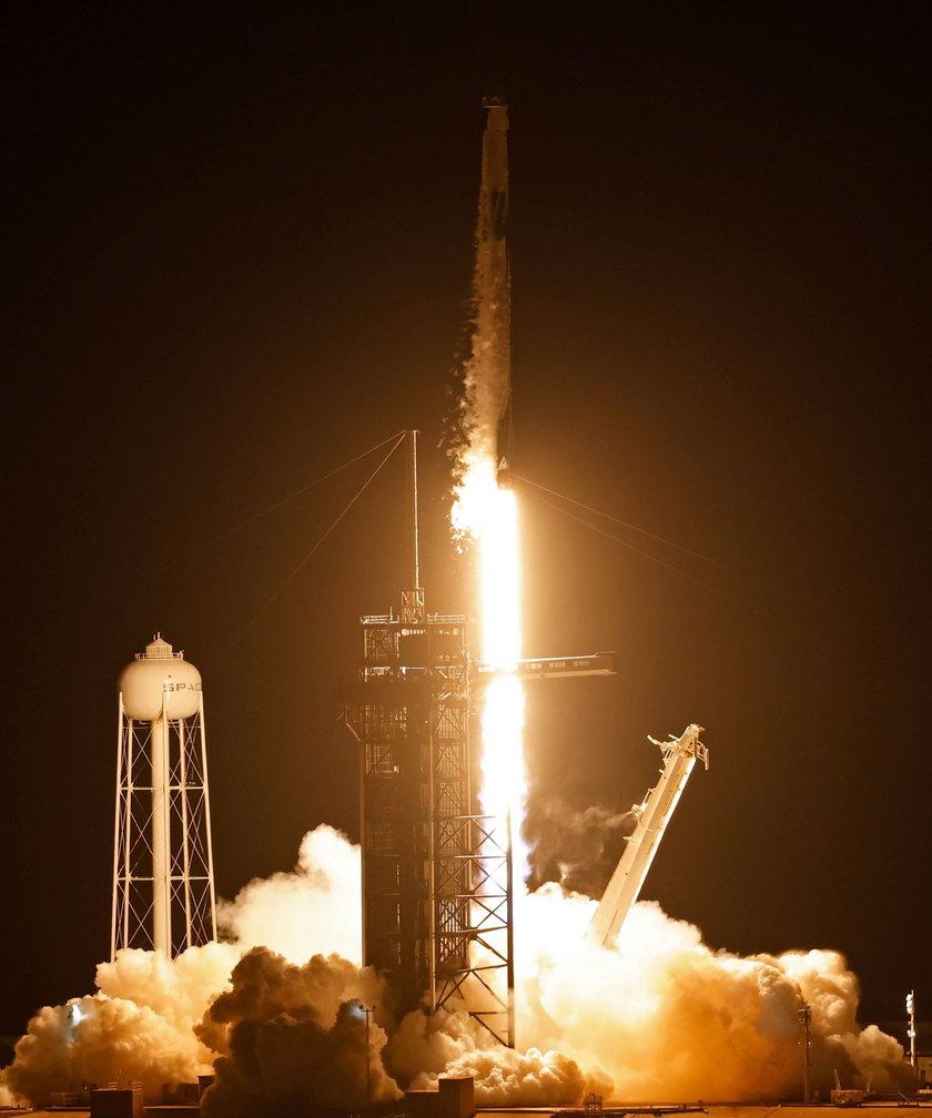 Start rakiety SppaceX
