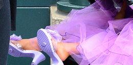 2-letnia córka celebrytki już nosi buty z obcasem