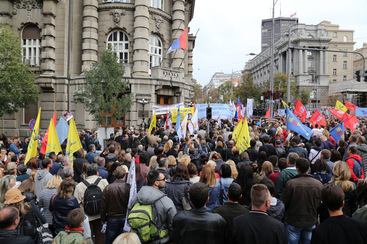 protest vlada srbije02 foto uros arsic