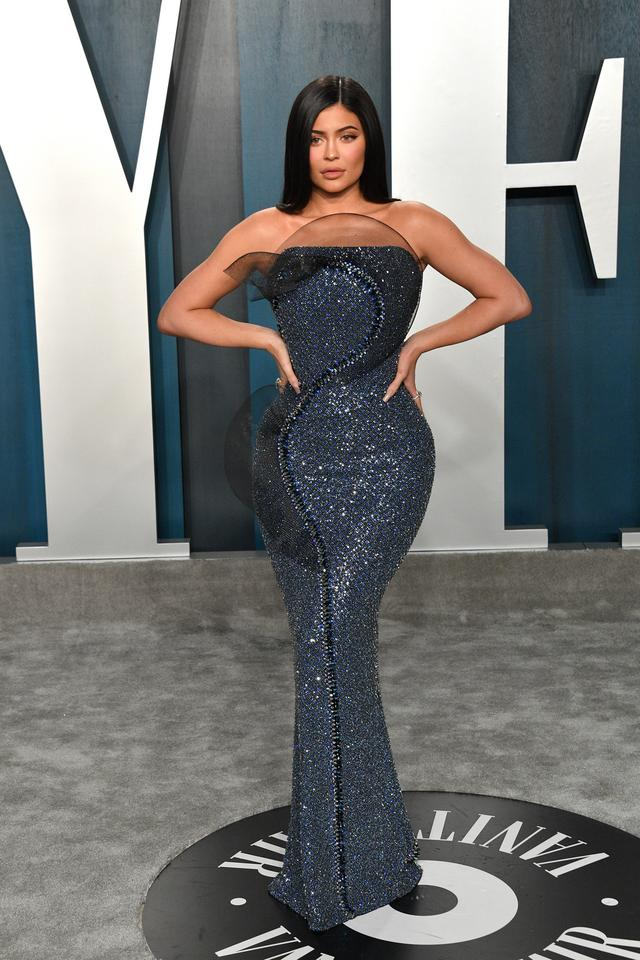 Oscary 2020: Kylie Jenner na Vanity Fair Oscar Party