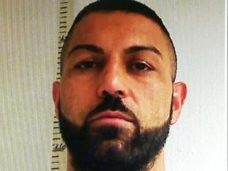 Rade Nikolić, zatvor, Italija