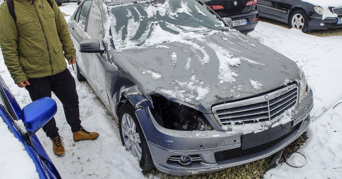 Niesamowite Tak wyglądało twoje auto! To była tylko mała stłuczka AF34
