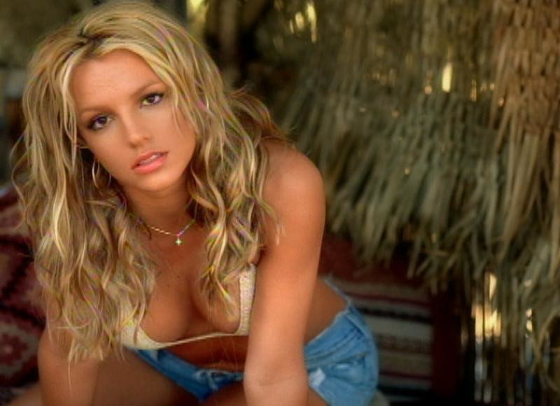 "Britney Spears - ""Don't Let Me Be The Last To Know"