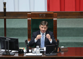 Sejm: Praca w nocy jest rekompensowana