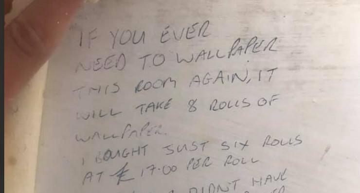 Poruka predhodnog vlasnika, sakrivena ispod tapeta