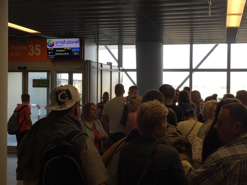 Opóźnienia samolotów