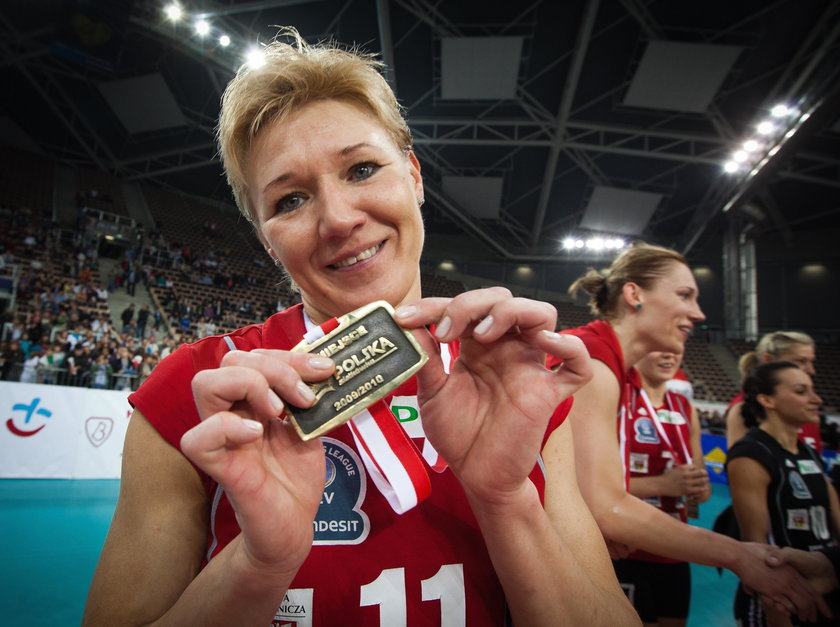Dwukrotna mistrzyni Europy z kadrą legendarnego trenera Andrzeja Niemczyka (†72 l.), została zgłoszona do rozgrywek w drugiej lidze