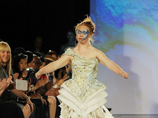 Lepotica sa Daunovim sindromom ukrala šou na Njujorškoj nedelji mode