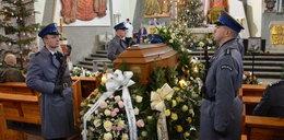 Odszedł na wieczną służbę. Pogrzeb tragicznie zmarłego policjanta w Tarnobrzegu
