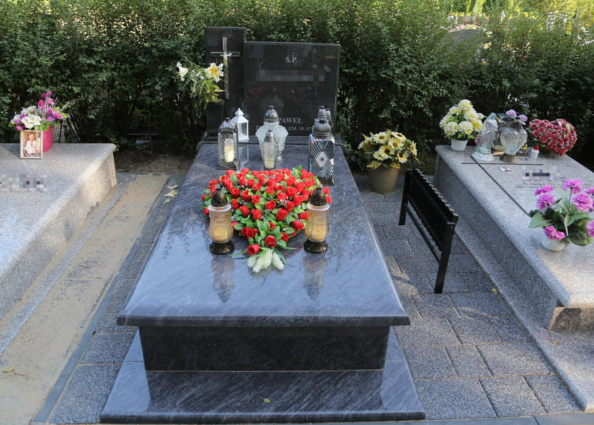 Tak wygląda grób człowieka, który zaszlachtował własnego syna