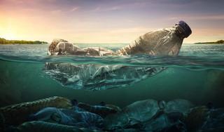Technologia nie ogranicza produkcji plastiku. 'Skoro nie ma rozwiązań, zmieniajmy zachowania' [WYWIAD]
