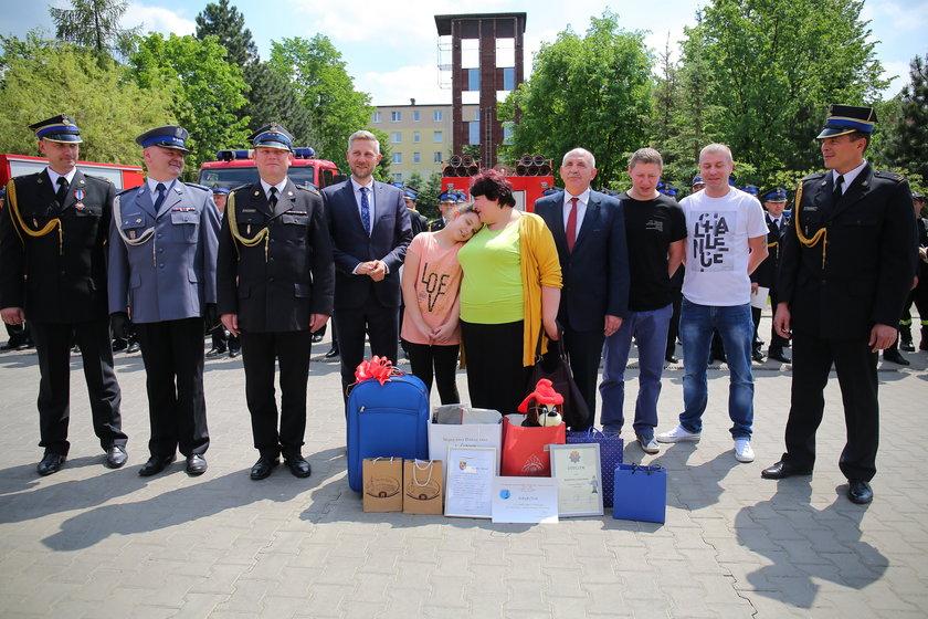Marlenka dostała nagrody od strażaków, policji, sąsiadów i prezydenta Zgierza