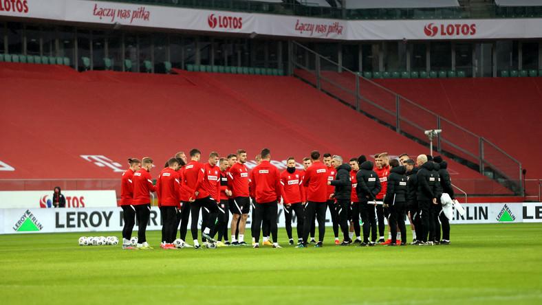 Piłkarze reprezentacji Polski podczas treningu