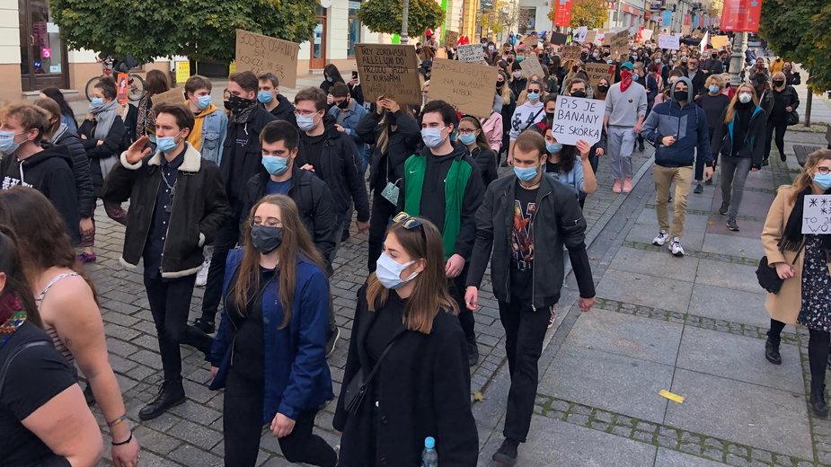 Studenci też mają dość. Kolejny protest na ulicach Kielc