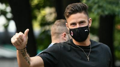 France forward Giroud completes AC Milan move