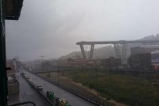 AUTOMOBILI PADALI SA MOSTA Srušio se vijadukt u Italiji, strahuje se da ima mnogo žrtava (FOTO, VIDEO)