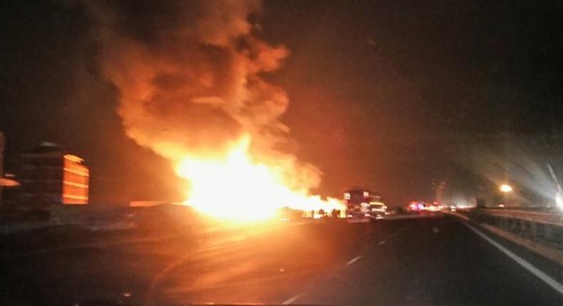 Huge fire destroys Githurai 45 furniture market (Video)