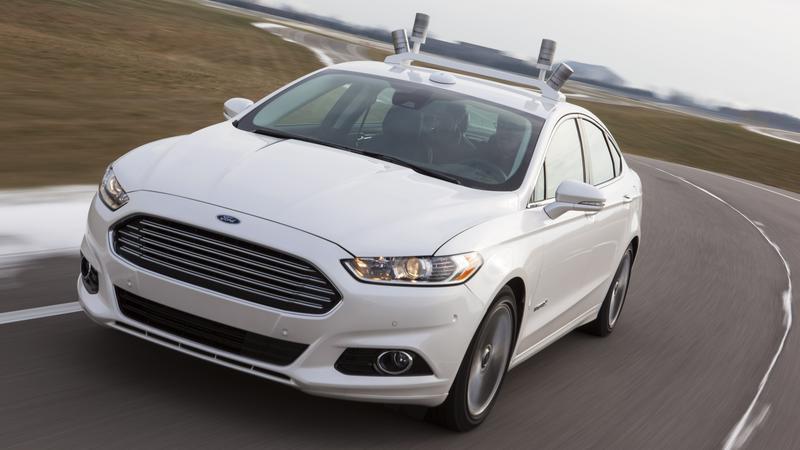 Ford Fusion z LIDARAMI starszej generacji