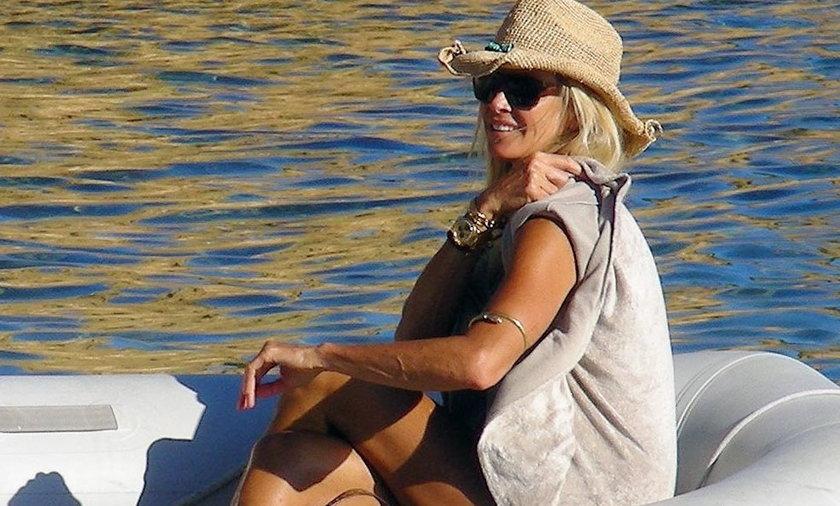 Elle Macpherson odpoczywa na Ibizie