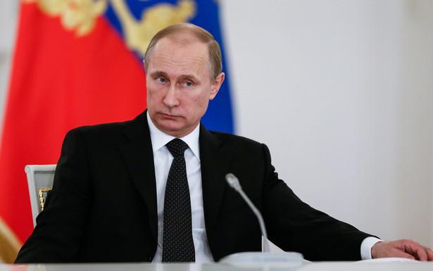 Władimir Putin na obradach komitetu organizacyjnego rosyjskich obchodów 70 rocznicy zakończenia wojny