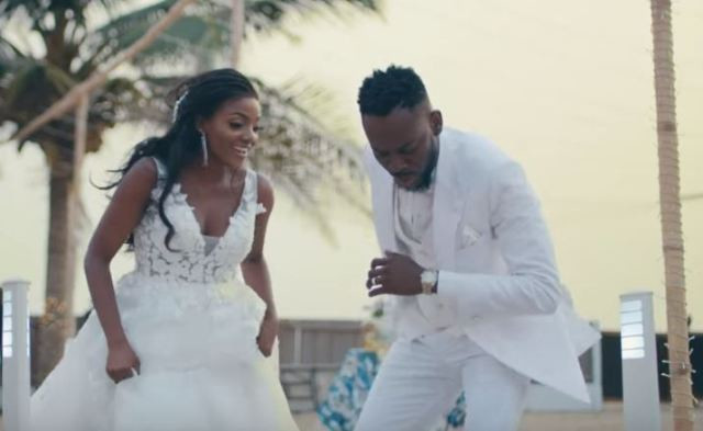 The wedding ceremony took place at the Ilashe beach in Lagos. Unlike the traditional wedding which had a larger turnout, the white wedding was attended by a reportedly selected 300 guests.