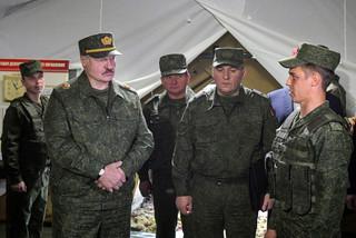 Białoruska propaganda absurdu. Postawiła na teorie spiskowe