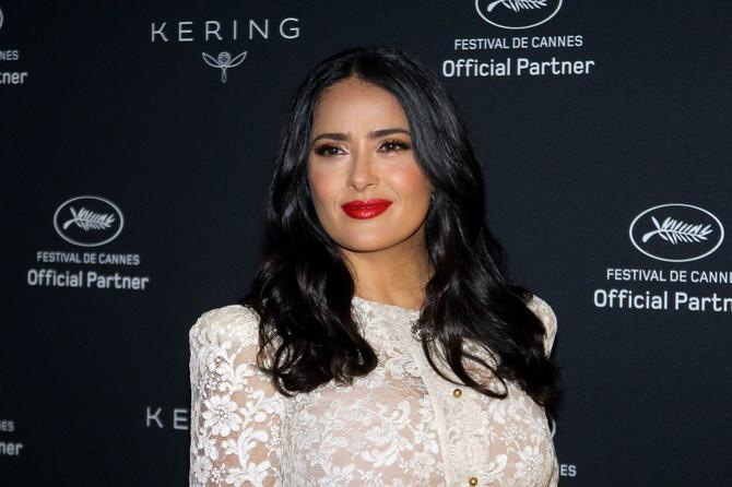 Prelepa Selma - sa šminkom ili bez nje