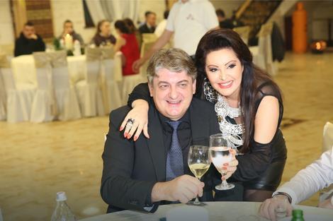Dragana Mirković sa suprugom Tonijem