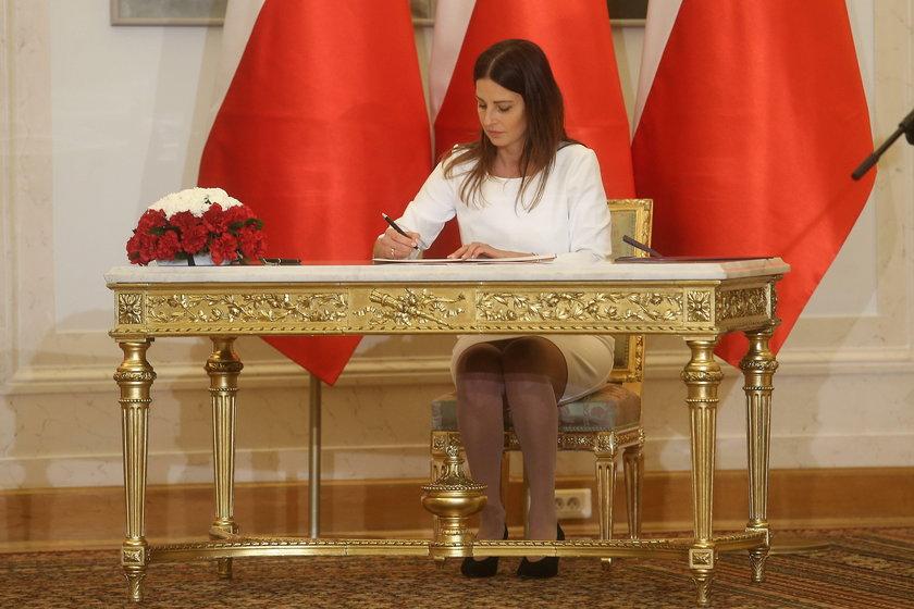 Kiedy Danuta Dmowska-Andrzejuk w grudniu ub. roku obejmowała funkcję ministra sportu, nic jeszcze nie zapowiadało, że będzie to najtrudniejsza kadencja w historii