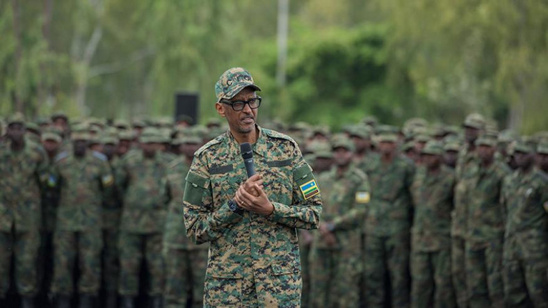 Rwanda Commander-in-Chief General Paul Kagame addressing his troops at a past event. (newtimes.)